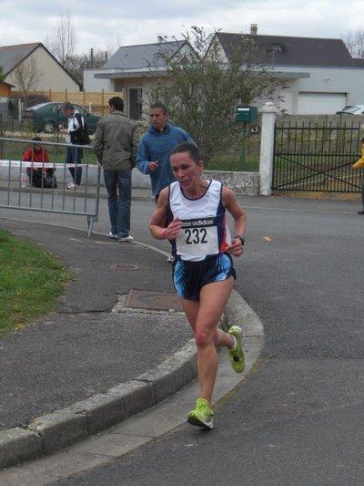 Maria DA SILVA sur le premier relais de 10km
