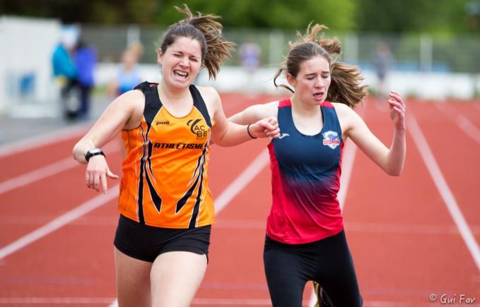 Agathe Vigneron jusqu'au bout de son 400m !